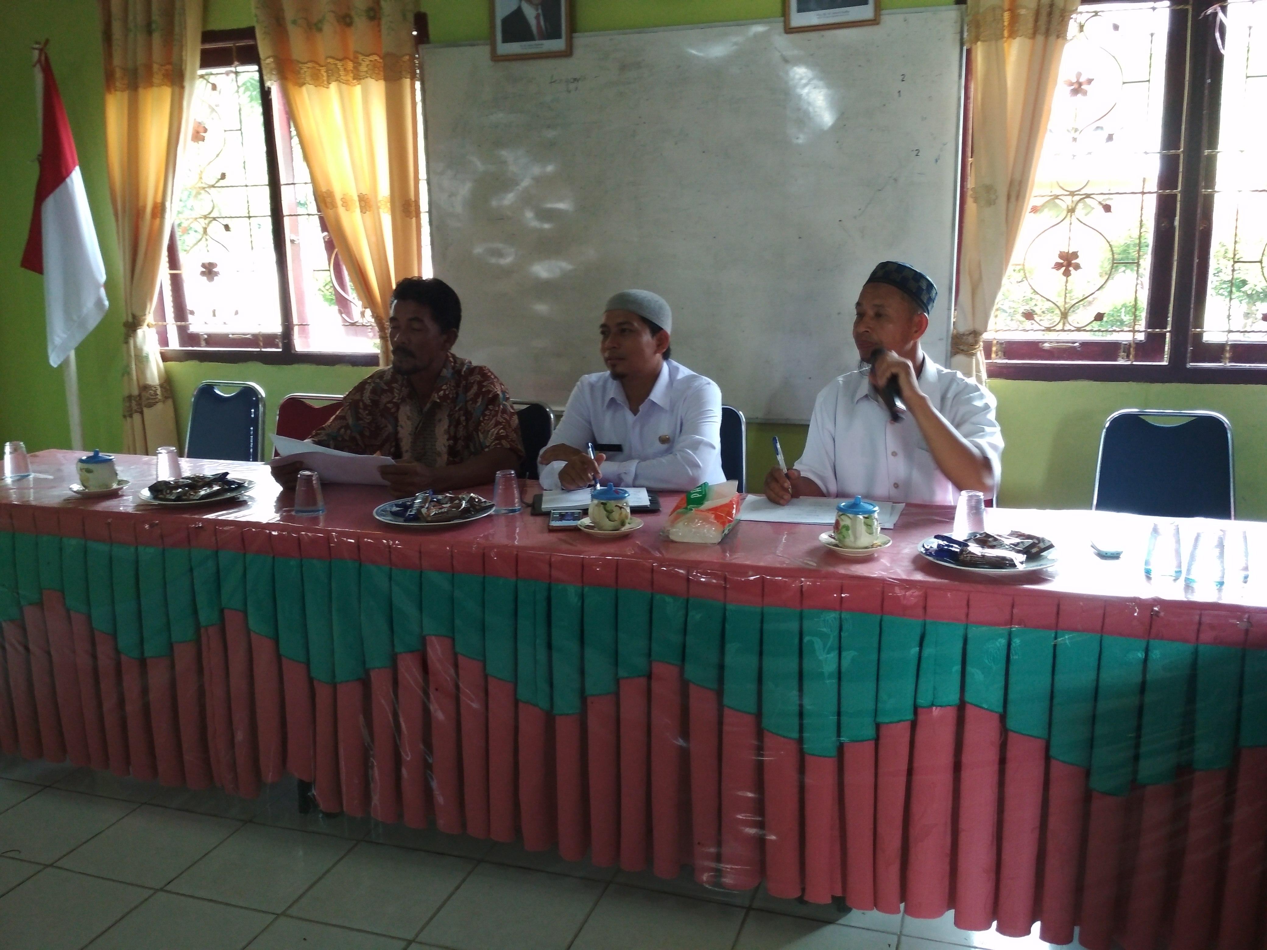 (Rapat dipimpin oleh Kepala Desa didampingi Sekdes dan Ketua BPD)